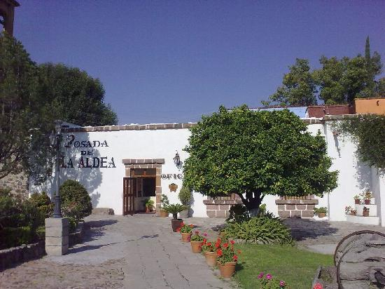 Posada de la Aldea: The entrance