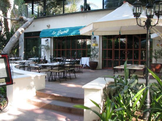 Le Meridien Abu Dhabi : Restaurant le bistrot