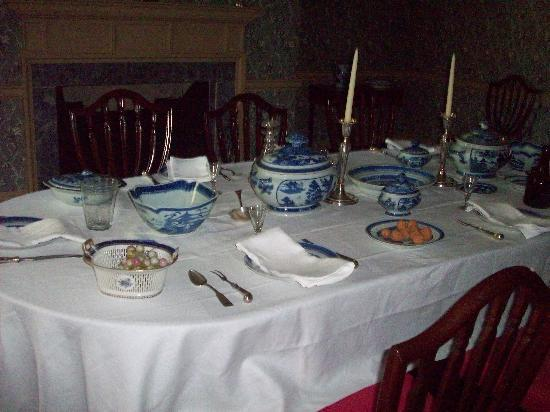 Bishop White House: Dining table