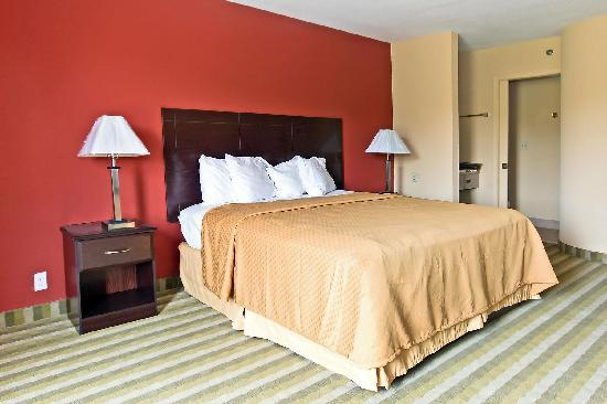 Quality Inn Brunswick Cleveland South: King Size Bed, Available in Suite Rooms Only