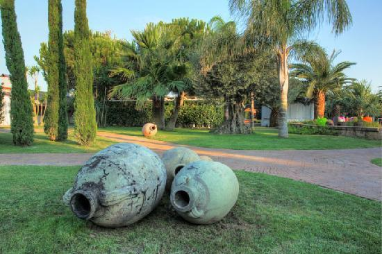 Lunatenuta Country Resort: Giardino 2