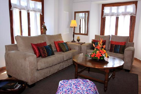 Casa de los Milagros B&B : Living room
