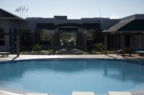 Melia Buenavista: Let's go for a swim ...