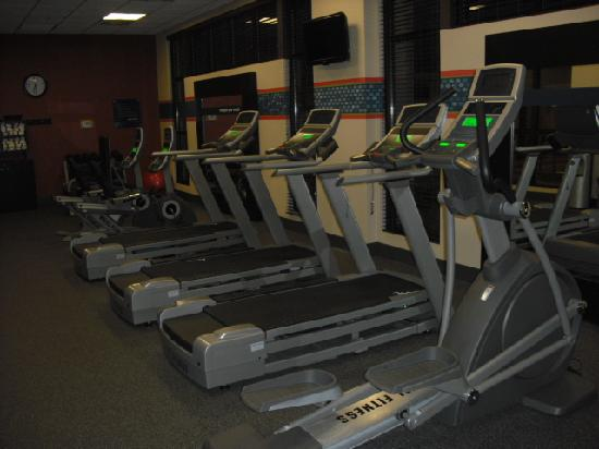 Hampton Inn Charleston - Southridge: Workout equipment