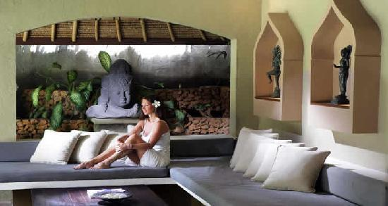 The Villas Bali Hotel & Spa: Day beds