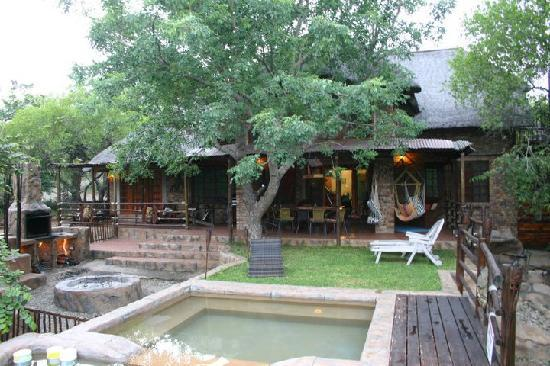 Khaya Umdani Guest Houses: The house was beautifully themed