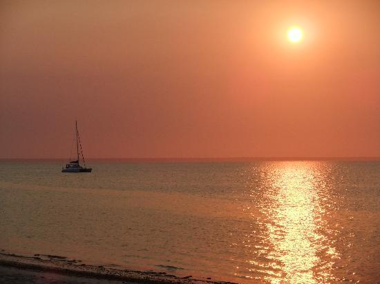 andBeyond Benguerra Island: Sunset at Benguerra Lodge