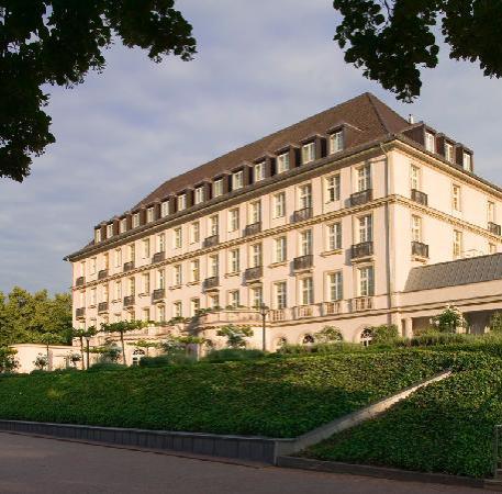 Hotel Pullman Aachen Quellenhof : Aussenansicht