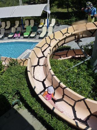 Alva Donna Exclusive Hotel & Spa: Tobogant des petits, une girafe