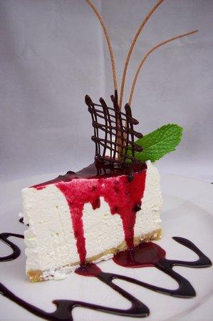 Chef's @ Nauticus Place Restaurant: Wild Berry Cheesecake