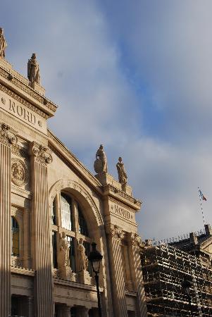 Le Montclair Hostel : next to gare du nord