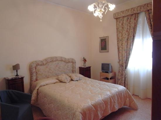 Casa rachele b b 2018 prices reviews piano di sorrento - Piano casa campania scadenza ...