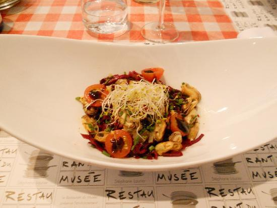 Restaurant du Musee d'Art Moderne : Salade de Moules de Bouchots
