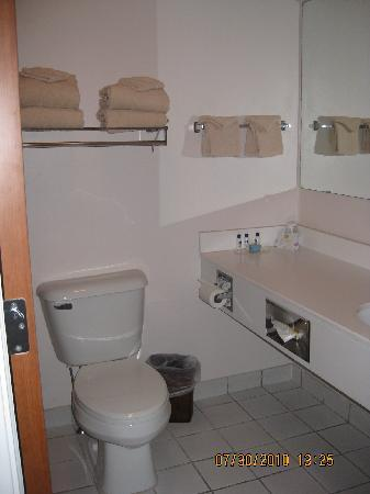 BEST WESTERN Ocean City Hotel & Suites: bathroom