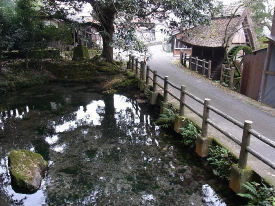 Yonago, Japan: 水源地にある池
