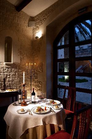 Don Eusebio: tavolo