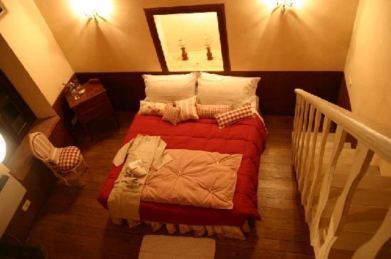 Agriturismo Tara : Red Room