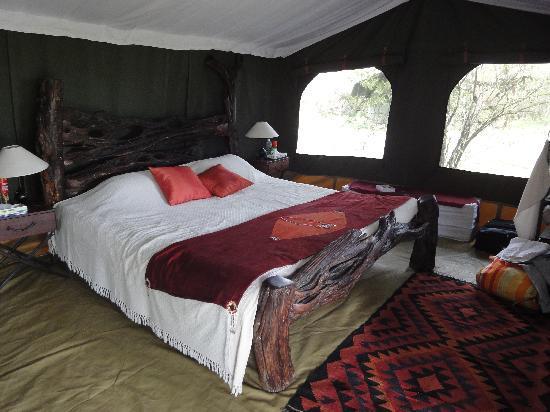 Sala's Camp: Tent decoration