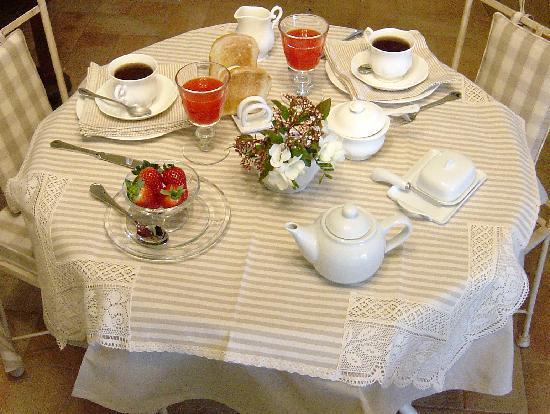 Agriturismo Tara : Breakfast in the morning