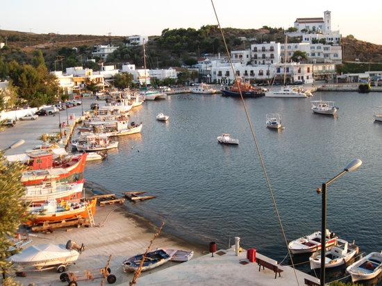 Almyra Restaurant : Linaria harbor