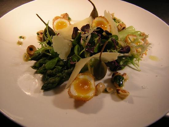 Burlton Inn Restaurant: Serving fresh elegant meals and country pub cuisine