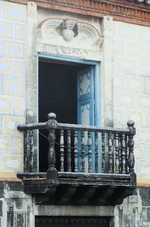 Cespedes Park: Balcony of the municipal building where Castro made his speech