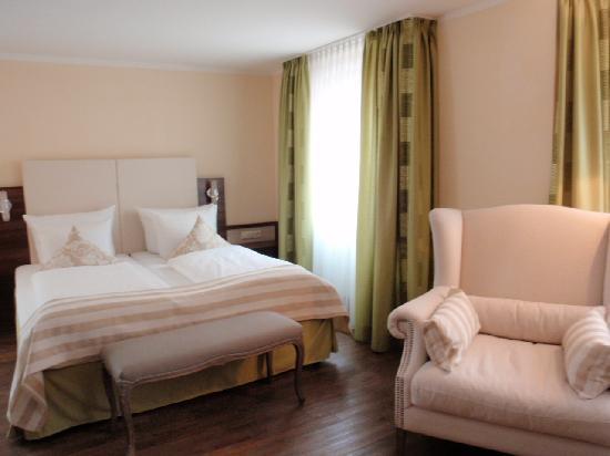 Hotel Sonne: Room1