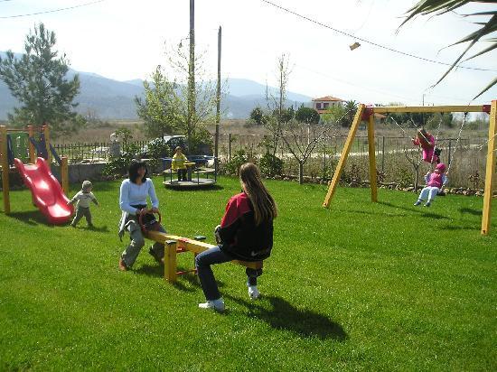 Σκάλα Πρίνου, Ελλάδα: sirines kids friendly!