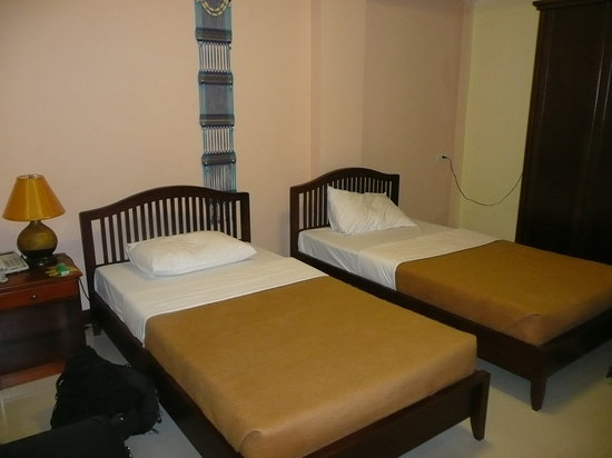 Sunflower Place: Twin room
