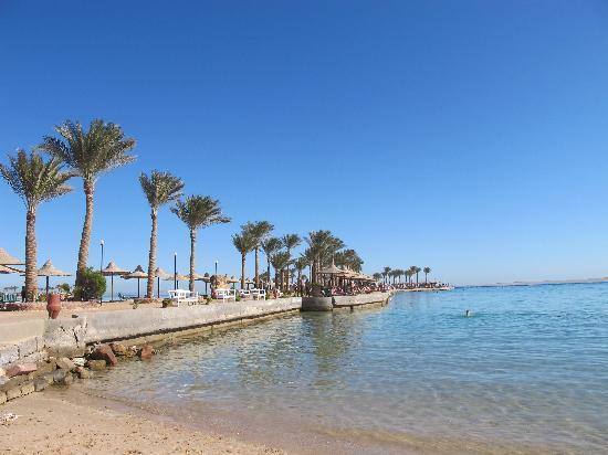 Arabia Azur Resort: Lagunen