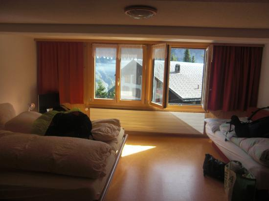 Gimmelwald, İsviçre: Our room at Esther's