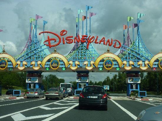 Disneyland Park: Zufahrt zum Disneyland