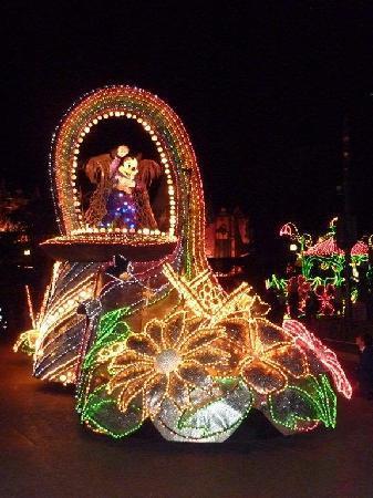 Park Disneyland: Mini-Maus bei der Abschlußparade