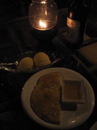 Khanom Hill Resort Restaurant : Banana pancake with ice cream