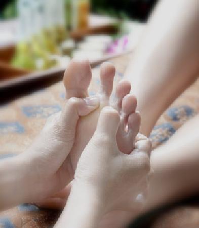 Febri's Spa: Relaxing Foot Reflexology