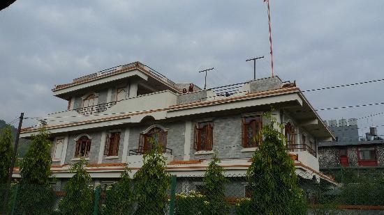 Vardan Resort n' Apartment: vardan apartment