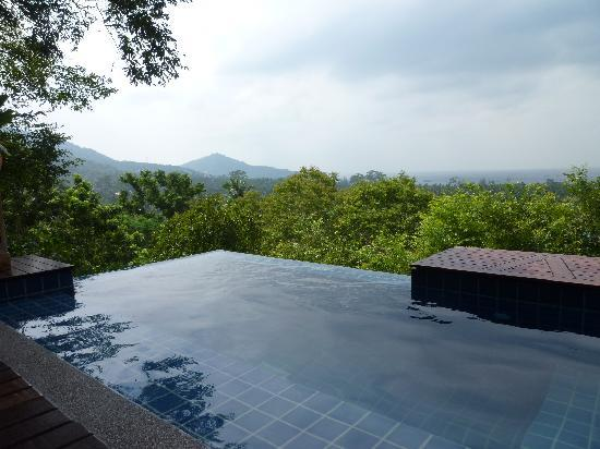 The Place Luxury Boutique Villas : Pool and view