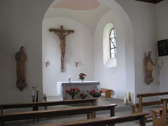 St. John Nepomuk: interior