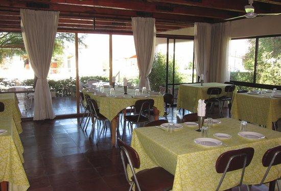 Vicuna, Chili: la salle de restaurant de l'hosteria