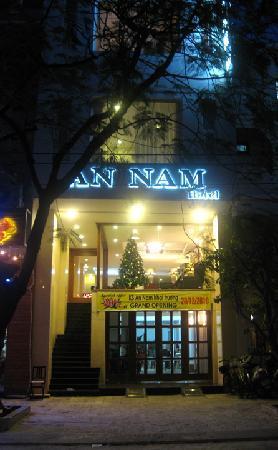 An Nam Hotel: An Nam hotel facade