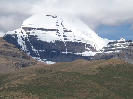 Lake Manasarovar: Mount Kailash