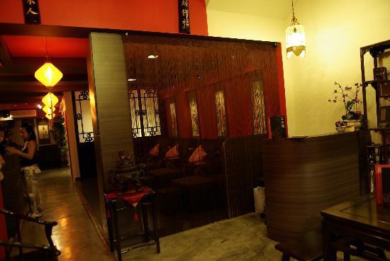 Chinatown, Singapore: Chic Oriental Set