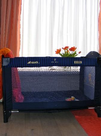 Wherels: the babycot to use for free