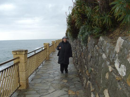 passeggiata a mare Imperia Porto Maurizio