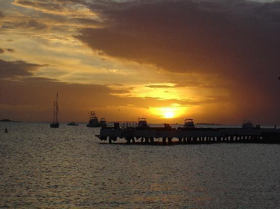 Hilton Ponce Golf & Casino Resort : Beautiful Sunset at Ponce Playa