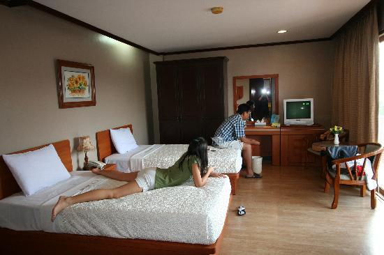 Vista Marina Hotel and Resort: Our room