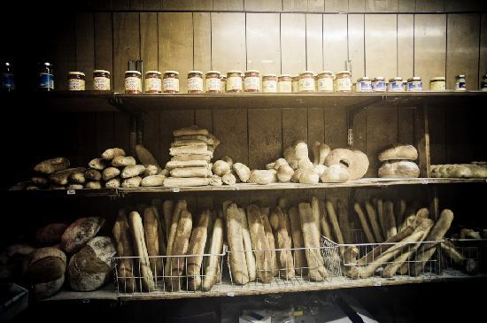 Antique Bar & Bakery: The goodness on the shelves.
