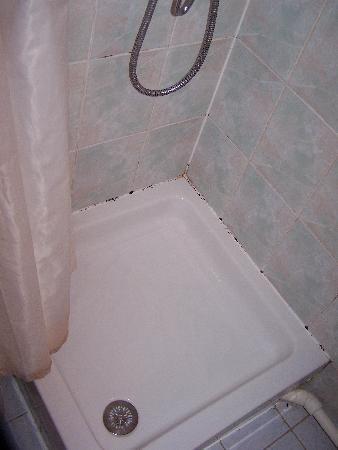 Hotel Liberty : Bathroom of room number 8