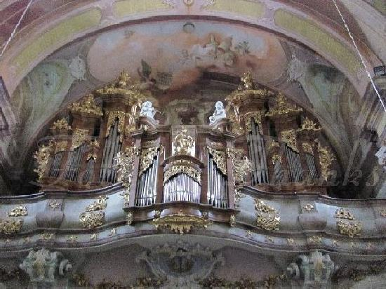 St. Peter and Paul Church: mighty organ