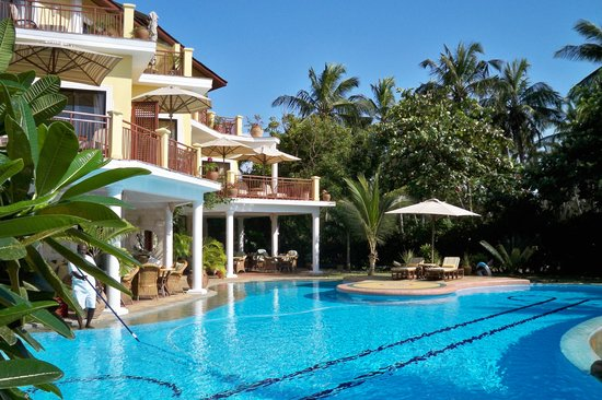 AfroChic Diani: The Swimming Pool at AfroChic
